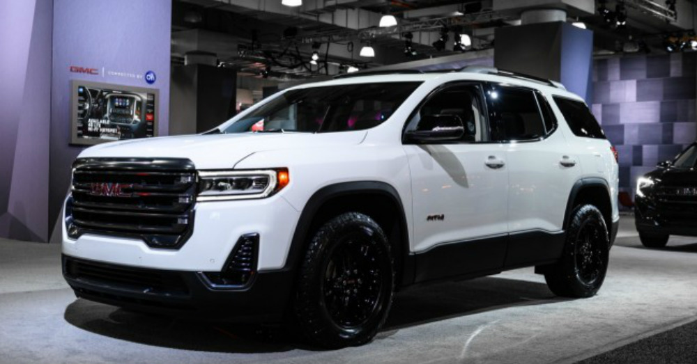 2020 GMC - Premium Rugged Perfection in the Acadia